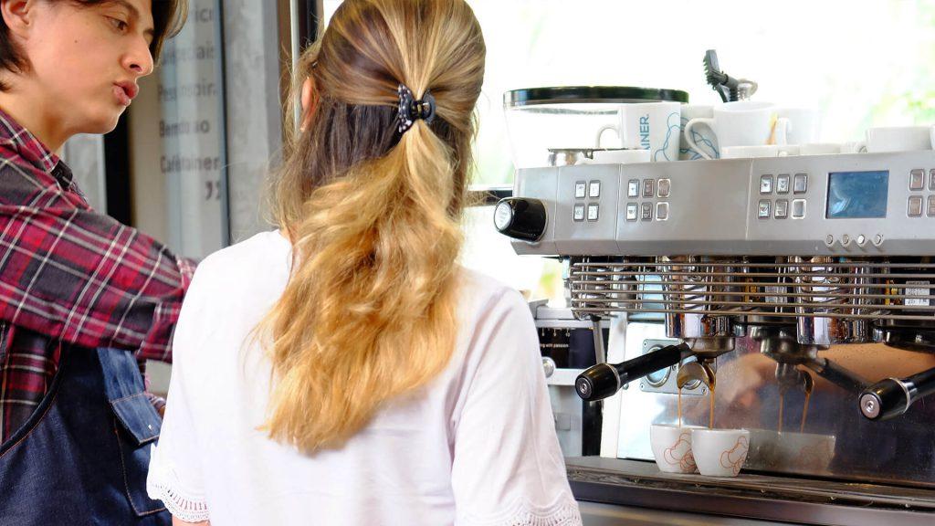 Aula de noções básicas do espresso.